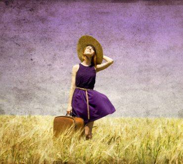 8 πράγματα που χρειάζεται να αφήσουμε πίσω μας για να βελτιώσουμε πραγματικά τη ζωή μας
