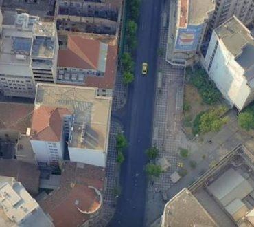 Athens Free: Μια απολαυστική πτήση πάνω από την άδεια Αυγουστιάτικη Αθήνα (Βίντεο)