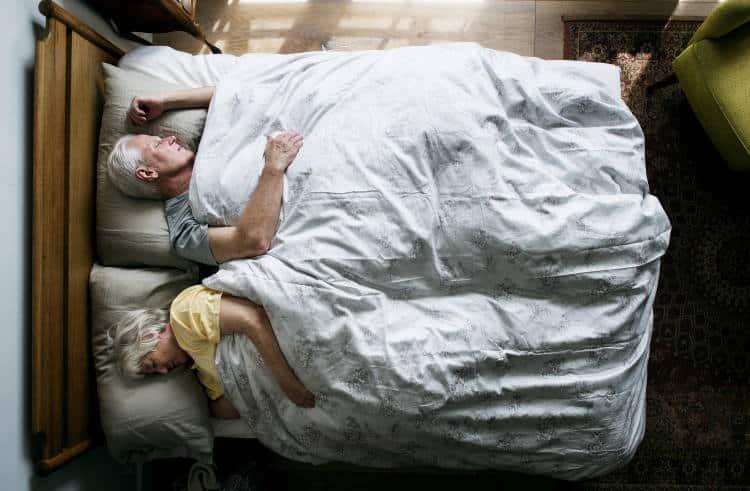 Τα μοτίβα ύπνου μπορούν να «προδώσουν» την εμφάνιση της νόσου Αλτσχάιμερ