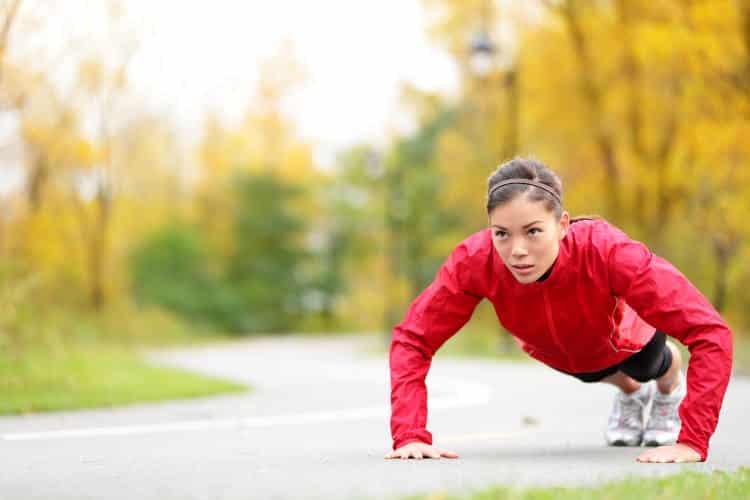 Οι αλλαγές που συμβαίνουν στο σώμα μας όταν κάνουμε push ups καθημερινά