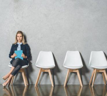 Ντέιλ Κάρνεγκι: Τεχνικές που μας βοηθούν να δίνουμε συνεντεύξεις με αυτοπεποίθηση