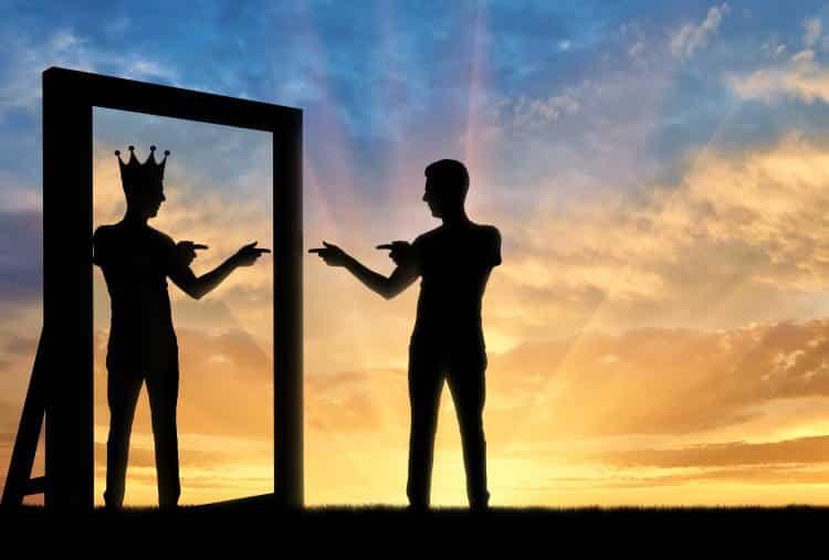 Ναρκισσιστική Διαταραχή της Προσωπικότητας: Ποιες είναι οι αιτίες, η κλινική εικόνα και οι τρόποι αντιμετώπισής της