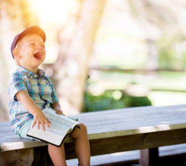 Το παιδί χρειάζεται τα γράμματα όσο χρειάζεται και το παιχνίδι στη φύση...