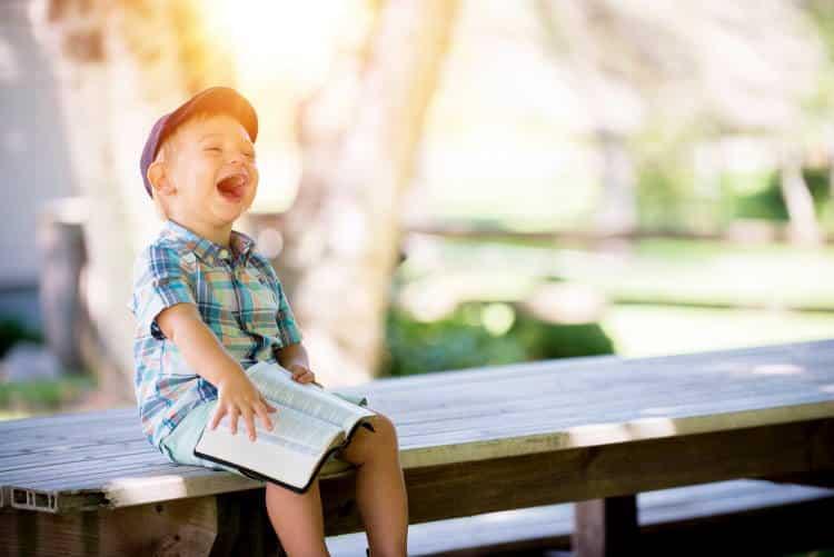 Το παιδί χρειάζεται τα γράμματα όσο χρειάζεται και το παιχνίδι στη φύση…