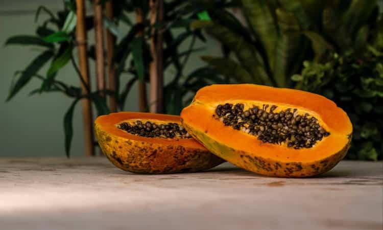 Παπάγια: Ποια είναι τα οφέλη του εξωτικού φρούτου στην υγεία μας