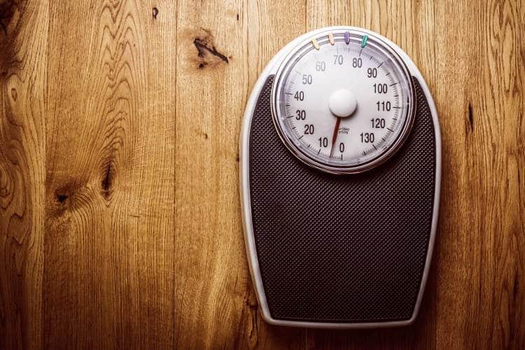 7 λόγοι που εξηγούν γιατί μπορεί να χάνουμε απότομα βάρος