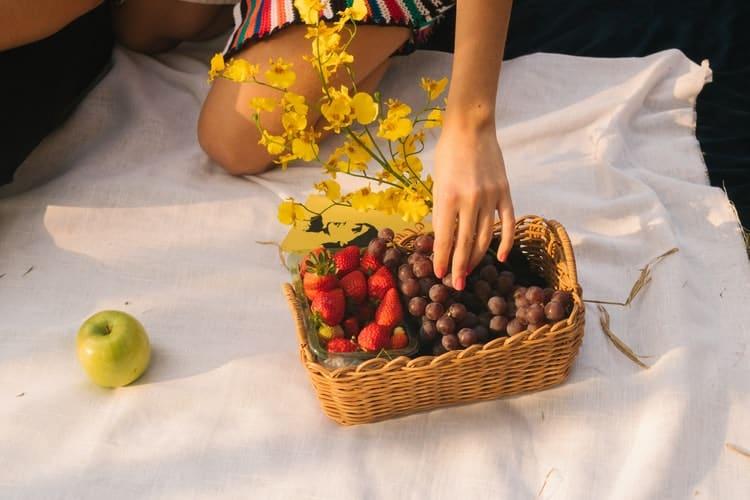8 τρόποι να καταπολεμήσουμε τον εθισμό μας στις ανθυγιεινές τροφές