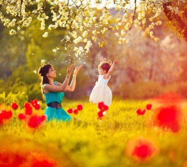 «Σε αγαπώ από την ώρα που η καρδιά μου χτύπησε κοντά στη δική σου»: Γράμμα ενός παιδιού στη μητέρα του