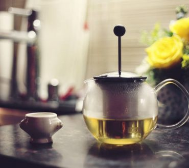 Πράσινο τσάι: Πώς μπορεί να μας βοηθήσει να καταπολεμήσουμε βακτήρια που είναι ανθεκτικά στα αντιβιοτικά