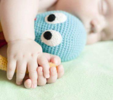 Πώς τα ειδικά πλεκτά χταπόδια βελτιώνουν την υγεία των πρόωρα γεννημένων μωρών