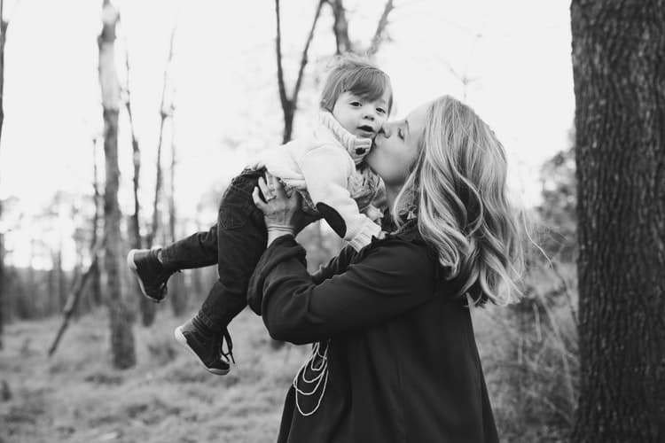 Τι σημαίνει να είσαι «δυνατή» όταν φροντίζεις ένα παιδί με ειδικές ικανότητες