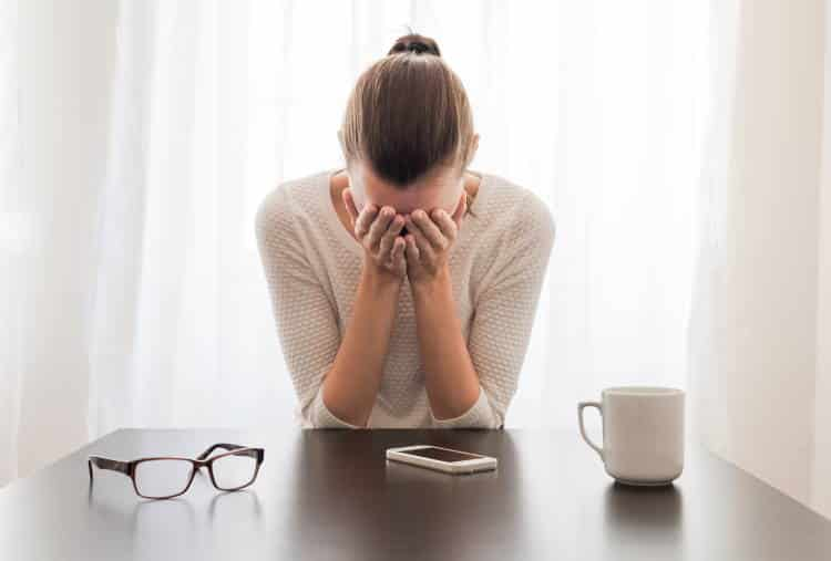 Οι επιδράσεις του άγχους στο σώμα: Νέα έρευνα το συνδέει με αυξημένο κίνδυνο λοιμώξεων