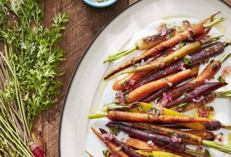 Συνταγές: 3 vegan ορεκτικά για ένα διαφορετικό Χριστουγεννιάτικο τραπέζι