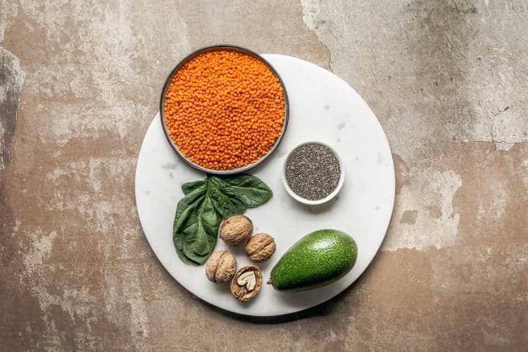 5 οφέλη και χρήσεις των ωμέγα-3 λιπαρών οξέων για την επιδερμίδα και τα μαλλιά
