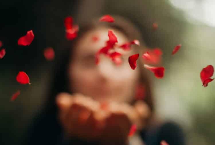 Η αγάπη ποτέ δεν πληγώνει κανέναν...