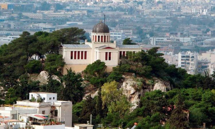 Το Εθνικό Αστεροσκοπείο φιλοξενεί σεληνιακά πετρώματα και την ελληνική σημαία που πήγε στο φεγγάρι