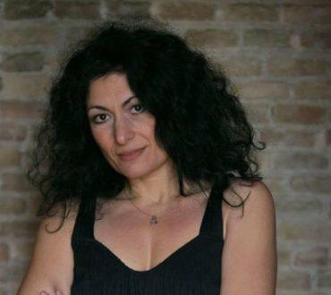 Ειρήνη Τσιρακίδου: Ο δρόμος της αυτογνωσίας περνάει μέσα από την τέχνη