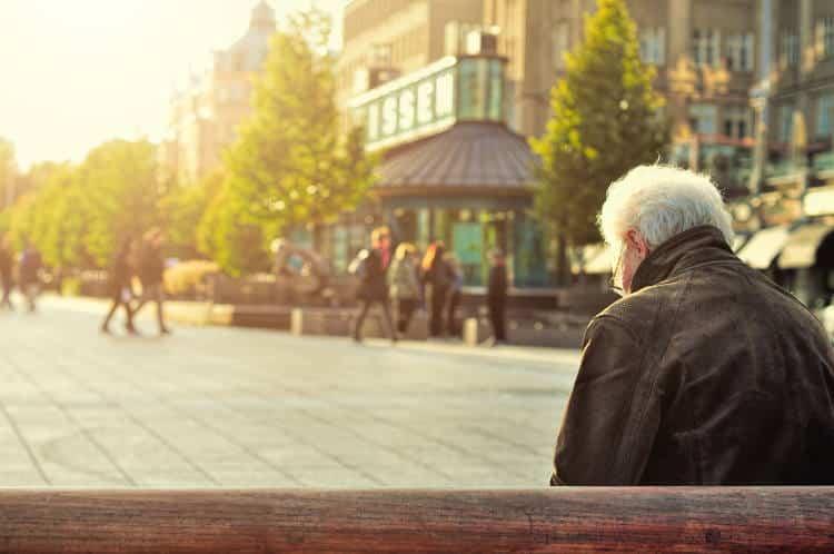 Έρευνα ρίχνει φως στην κατάθλιψη κατά τον τελευταίο χρόνο ζωής – Ποιοι παράγοντες την επηρεάζουν