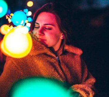 Μήπως το πραγματικό θαύμα των Χριστουγέννων είναι η επαφή με τον εαυτό μας;