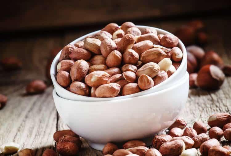 Τροφικές αλλεργίες: Ποια είναι τα βασικά συμπτώματα και σε ποιες τροφές εμφανίζουμε συνήθως