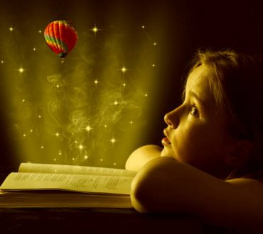 Οι ιστορίες και τα παραμύθια μας κάνουν πιο γενναιόδωρους και δοτικούς, σύμφωνα με μελέτη