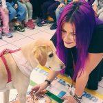 Κατερίνα Παπαποστόλου: Η Ελληνίδα εκπαιδευτικός που διδάσκει τη φιλοζωία στα σχολεία