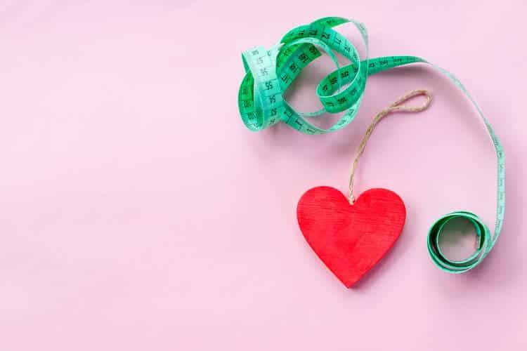 Το κοιλιακό λίπος αυξάνει τον κίνδυνο επαναλαμβανόμενων καρδιακών εμφραγμάτων, σύμφωνα με έρευνα