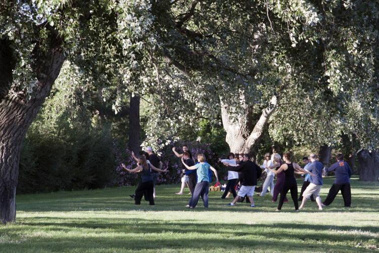 3 είδη άσκησης που ανακουφίζουν αποδεδειγμένα από τον πόνο στη μέση