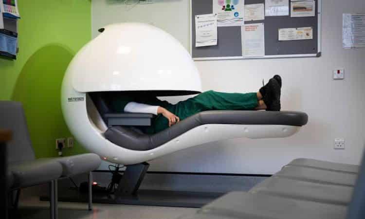 Αγγλία: Νοσοκομεία εγκαθιστούν «θαλάμους ύπνου» για να ξεκουράζεται το ιατρικό προσωπικό
