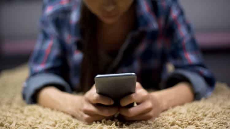 Ερευνητές εντόπισαν τις λέξεις που χρησιμοποιούν περισσότερο οι νέοι με αυτοκτονικές τάσεις