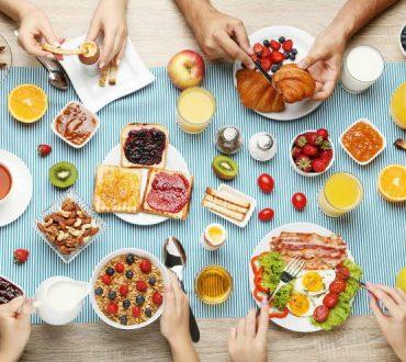 Το πλούσιο πρωινό βοηθά στην καύση διπλής ποσότητας θερμίδων, σύμφωνα με έρευνα