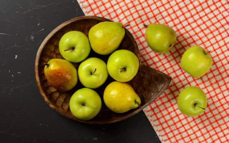 Ποιες φυσικές τροφές μας βοηθούν να κάψουμε λίπος