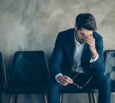 To «σύνδρομο του απατεώνα» επηρεάζει σοβαρά την ψυχική υγεία και την επαγγελματική ζωή