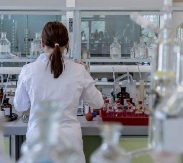 Εξέταση αίματος θα εντοπίζει τι προκαλεί τα προβλήματα μνήμης σε κάθε ασθενή