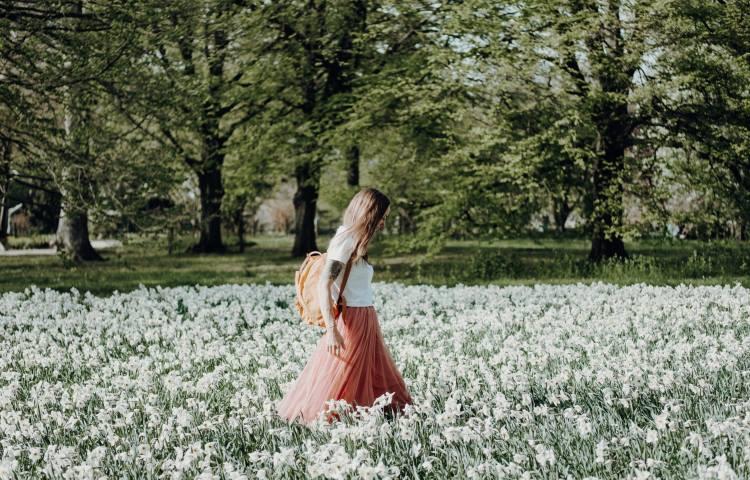 Γιατί το περπάτημα μας βοηθά να σκεφτόμαστε και να δημιουργούμε