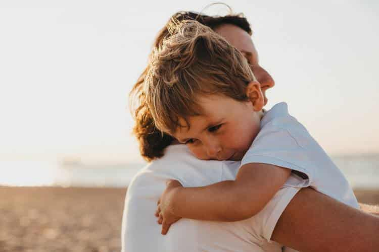 Πώς να μην επαναλάβουμε τα λάθη των γονιών μας στην ανατροφή των παιδιών