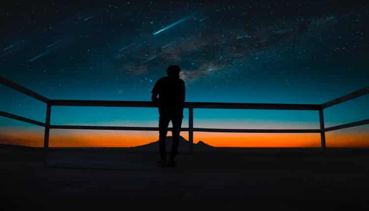 """Οι άνθρωποι """"κομήτες"""" δεν έχουν θέση στο ηλιακό σου σύστημα"""