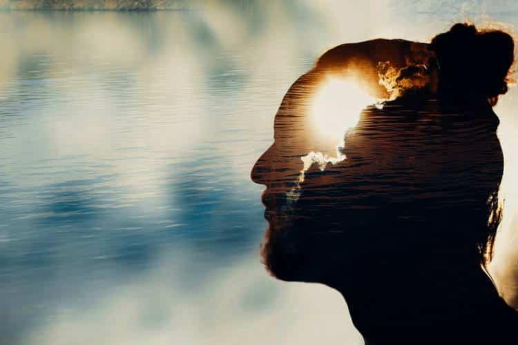Όταν δεις πως αυτό που κάνεις και είσαι γυρνάει σε σένα, τότε θα καταλάβεις πως δεν έχει σημασία τι πιστεύουν οι άλλοι