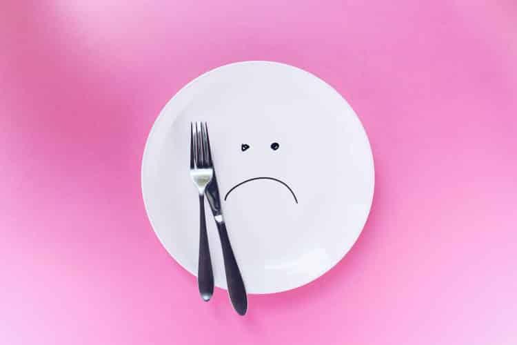 Απώλεια βάρους: Γιατί δεν είναι αποτελεσματικό να τρώμε ελάχιστα