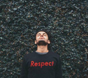 Δεν μπορείς να αναγκάσεις κάποιον να σε σεβαστεί, αλλά μπορείς να απορρίψεις την ασέβεια