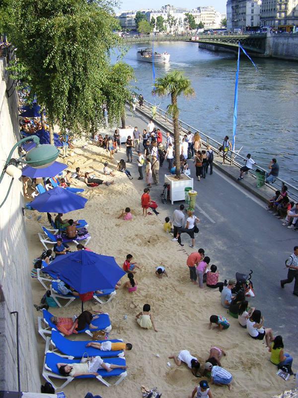 Παρίσι: Ο Σηκουάνας θα φιλοξενήσει το πρώτο πλωτό θερινό σινεμά