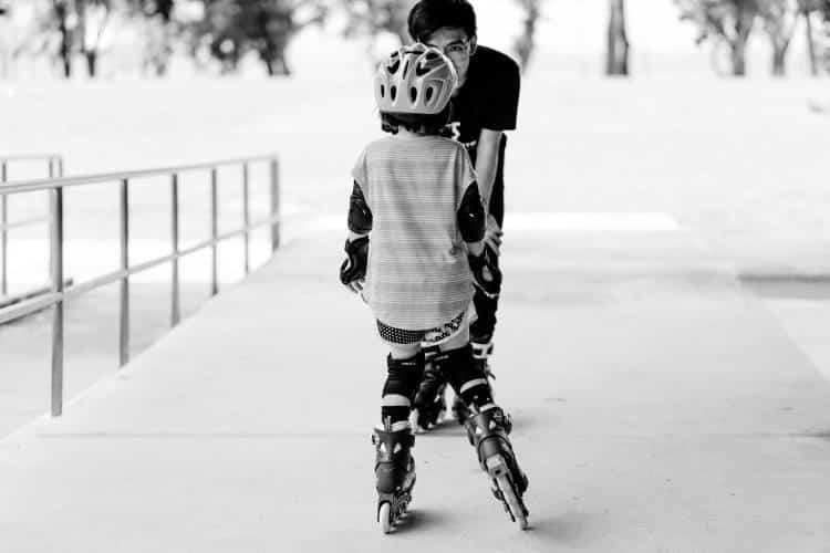 Πώς οι γονείς μπορούν να ενθαρρύνουν τα παιδιά να αποκτήσουν μια υγιή σχέση με την άσκηση