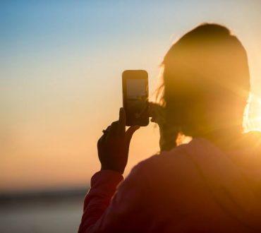 Πώς να προστατεύσουμε το κινητό μας τηλέφωνο στην παραλία