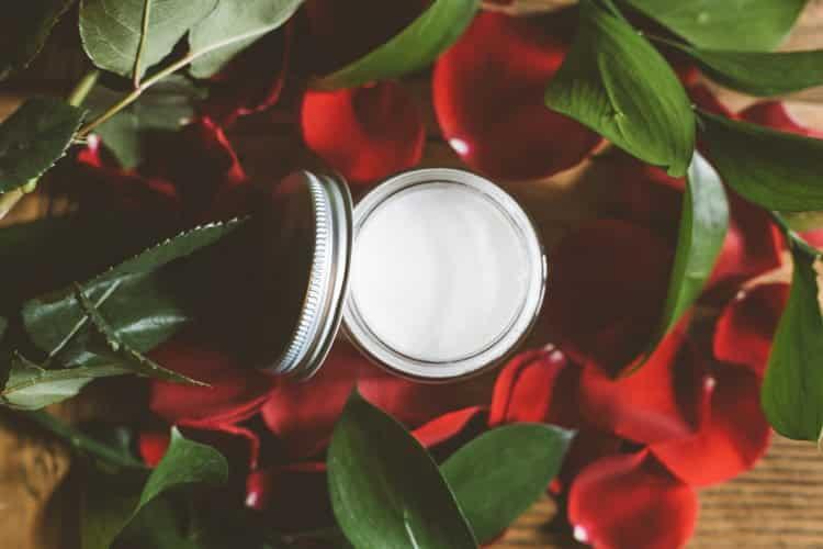 Σπιτική συνταγή ομορφιάς με γάλα γαϊδούρας