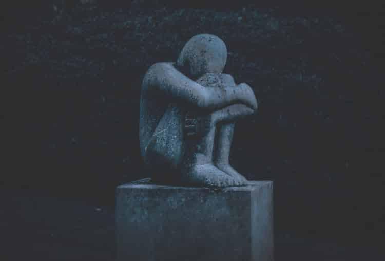 Πότε το πένθος μετατρέπεται σε διαταραχή, σύμφωνα με τους ειδικούς
