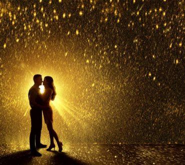«Στην αγάπη σμίγουν οι δύο και γίνονται ένα. Δεν ξεχωρίζουν. Το εγώ και εσύ αφανίζονται»   Ν. Καζαντζάκης
