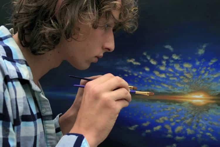 Αυτοδίδακτος καλλιτέχνης δημιούργησε εντυπωσιακό time-lapse βίντεο με πολυεπίπεδες ψευδαισθήσεις