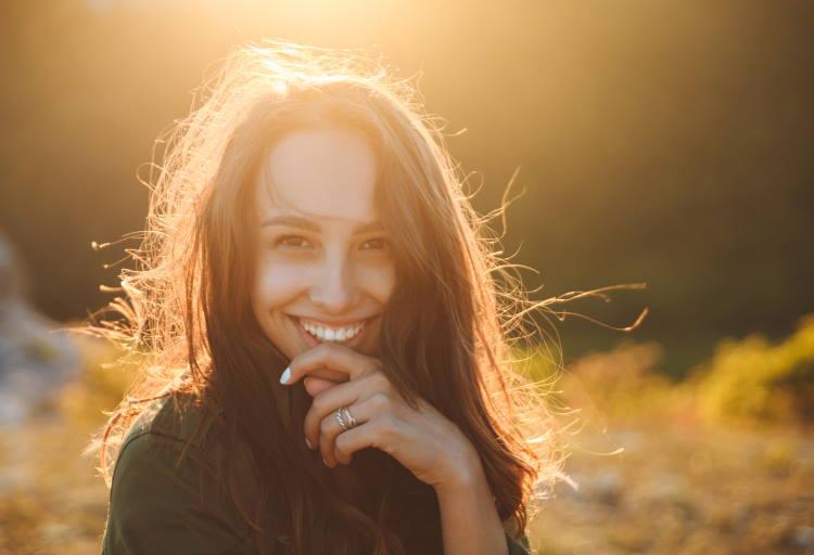 Να χαμογελάς στη ζωή ακόμα κι όταν εκείνη μοιάζει να σου κρατάει μούτρα…