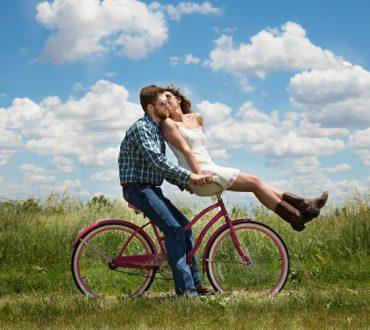 Έρευνα: Τα ζευγάρια τείνουν να αποκτούν τους ίδιους στόχους καθώς η σχέση γίνεται μακροχρόνια