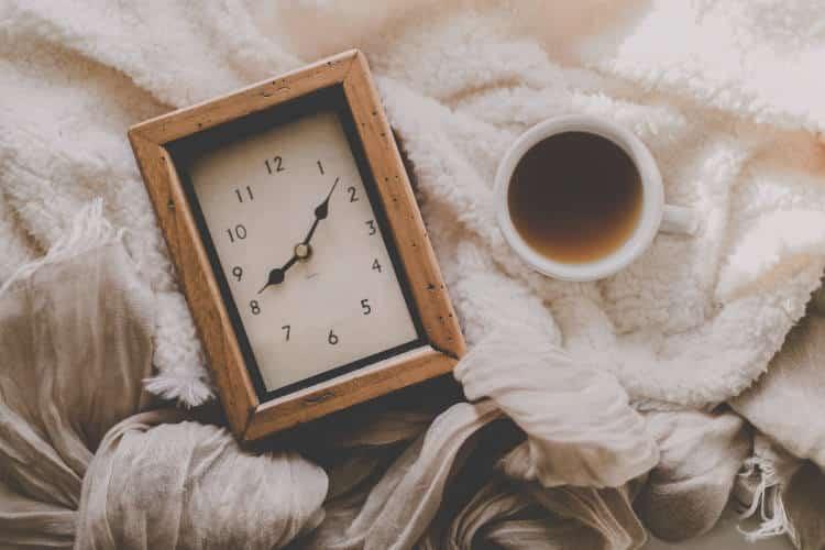 Γιατί κάποιοι ξυπνάμε λίγο πριν χτυπήσει το ξυπνητήρι; - Οι επιστήμονες απαντούν